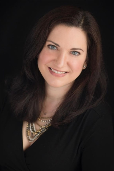 Tara Leigh Author Pic.jpg
